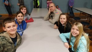 Great Bend Police Officer Jefferson Davis met Lincoln Elementary students for lunch.